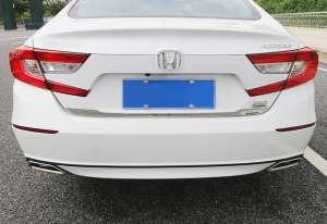 Молдинг на багажник (нижний) Honda Accord X (2017+)