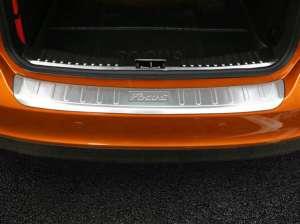Внешняя накладка на бампер Ford Focus (2015-2017)