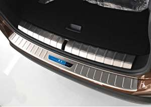 Внешняя накладка на бампер BMW X1 (2015+)