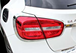 Хром накладки на задние фары Mercedes-Benz GLA (2013-2017)