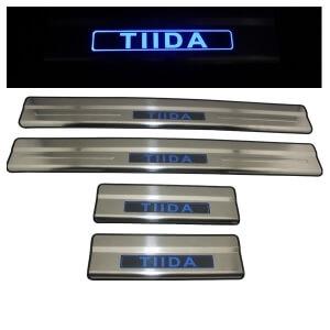 Накладки на пороги Nissan Tiida 2012-2014