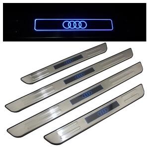 Накладки на пороги Audi A4