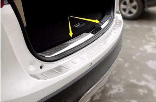 Накладка на бампер (внутренняя) Mazda CX-5 (2011-2015)
