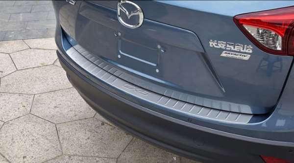 Накладка на бампер Mazda CX-5 (1 вариант)