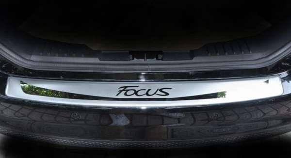 Накладка на бампер Ford Focus 3 хэтчбек