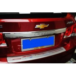 Молдинг на багажник (верхний) Chevrolet Cruze 2009-2015