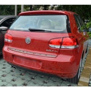 Молдинг на багажник (нижний) Volkswagen Golf 6
