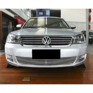 Хромированная решетка радиатора Volkswagen Passat (2009-2011)