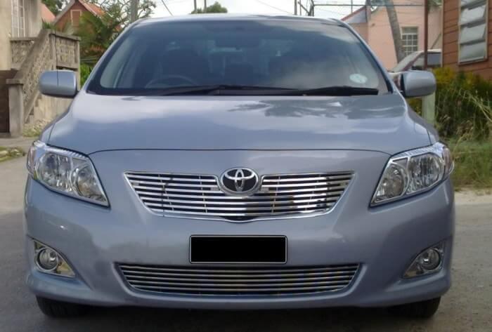 Хромированная решетка радиатора Toyota Corolla (2006-2010)