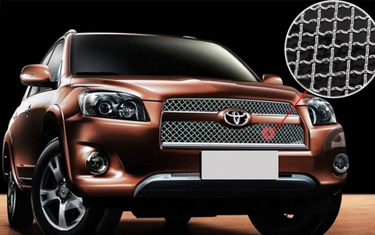 Хромированная решетка радиатора Toyota RAV4 (удлиненный 2010-2012)