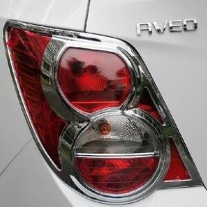 Хромированные накладки на задние фары Chevrolet Aveo седан Т300