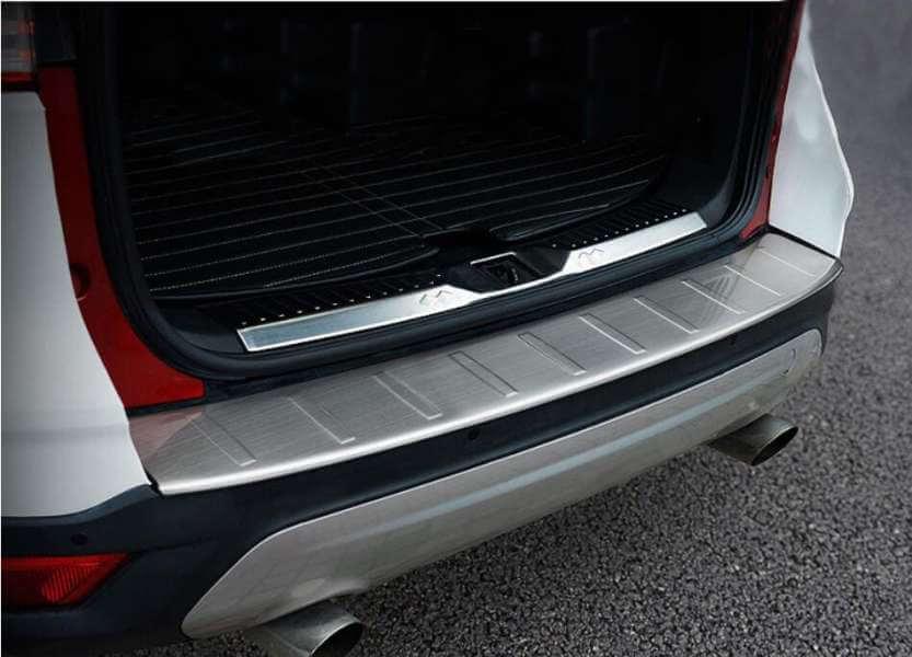 Накладка на бампер Ford Kuga 2