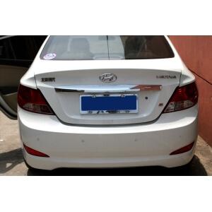 Молдинг на багажник (верхний) Hyundai Solaris 2010-2015