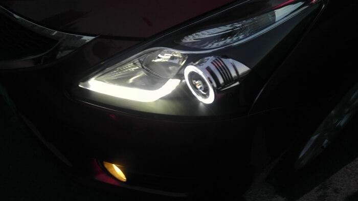 Тюнингованные фары Nissan Tiida 2011-2013