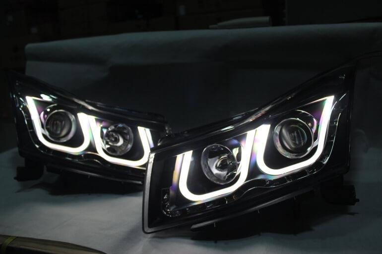 Тюнингованные фары Chevrolet Cruze 2012, фото 4