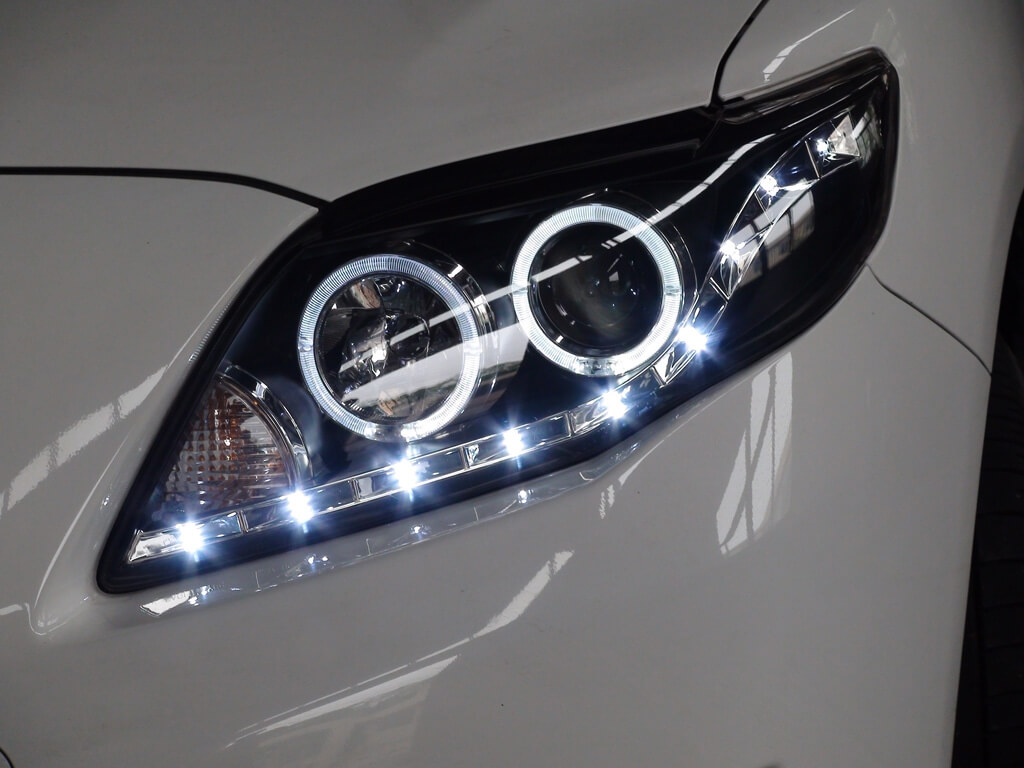 Тюнингованные фары Toyota Corolla 2012- 2013