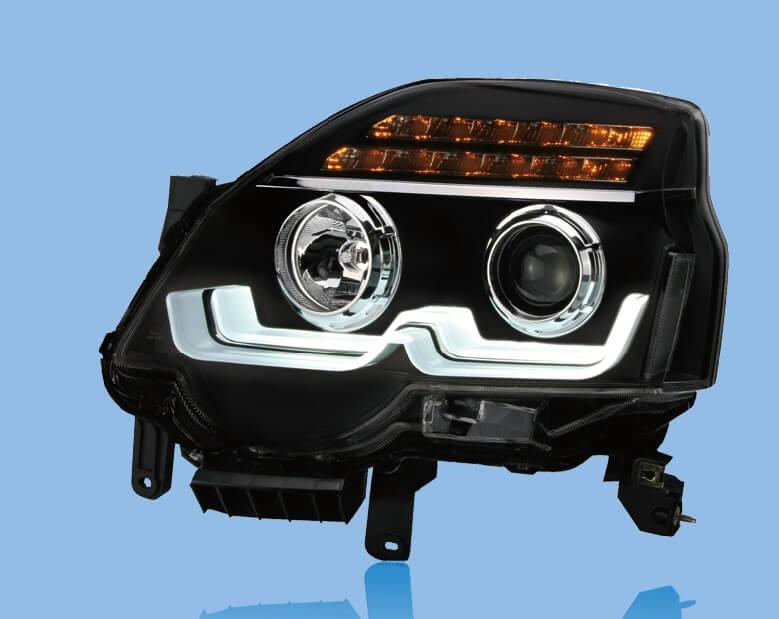Тюнингованные фары Nissan X-Trail 2V