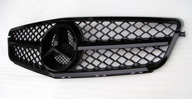 Черная решетка радиатора Mercedes-Benz C-Class (W204), фото 3