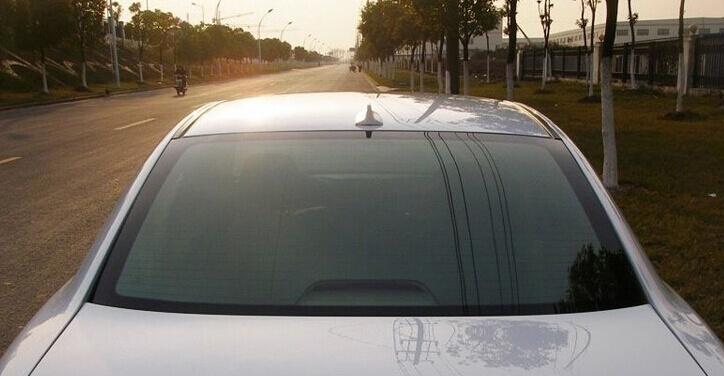 Плавник на крышу автомобиля Серебряный, фото 3