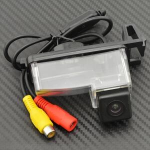 Камера заднего вида Nissan GT-R (HS8024)