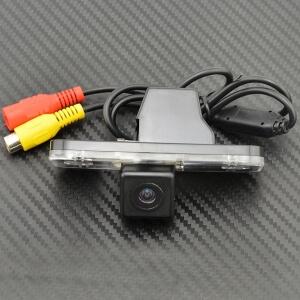 Камера заднего вида Hyundai Santa Fe 2 (HS8030)