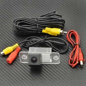 Камера заднего вида Volkswagen Tiguan (HS8194)