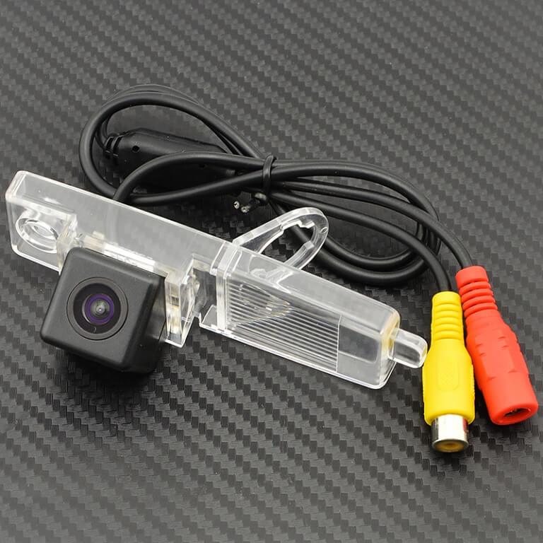 Камера заднего вида Toyota Highlander (HS8060)