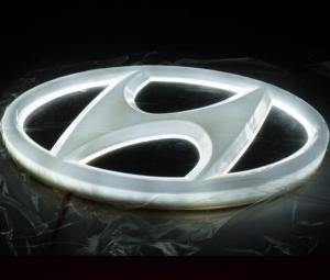 4D светящийся шильдик Hyundai