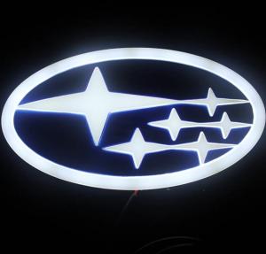 4D светящийся шильдик Subaru