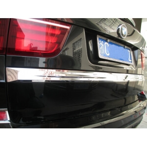 Молдинг на багажник BMW X5 (2010-2013)