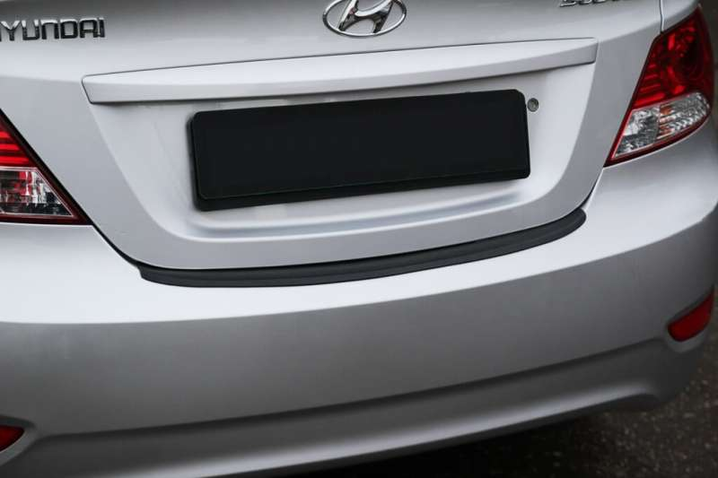 Пластиковая накладка на бампер Hyundai Solaris (sedan), фото 2