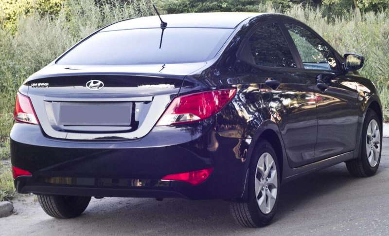Пластиковая накладка на бампер Hyundai Solaris рестайлинг (sedan), фото 2
