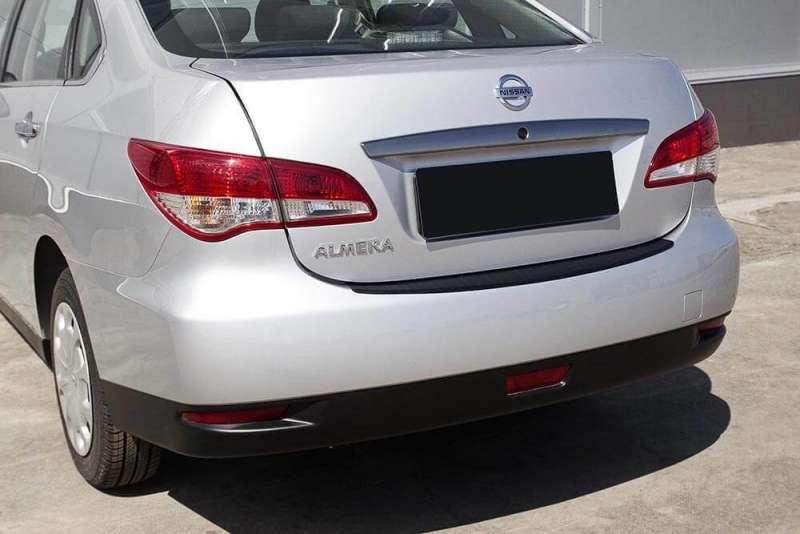 Пластиковая накладка на бампер Nissan Almera G15