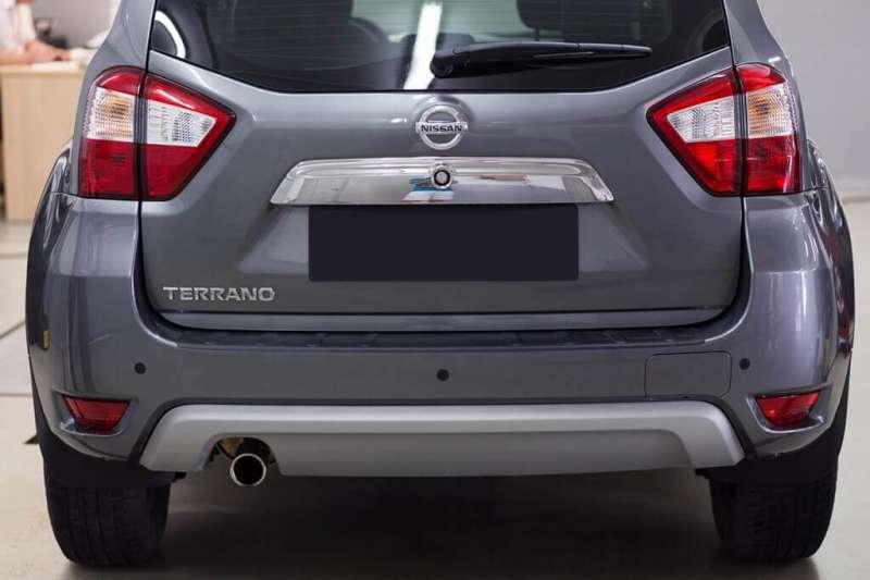 Пластиковая накладка на бампер Nissan Terrano 3, фото 2