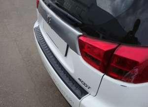 Пластиковая накладка на бампер Peugeot 4007