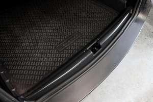 Накладка на порожек багажника Renault Duster