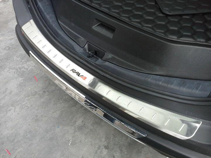 Накладка на бампер Toyota Rav4 CA40, фото 3
