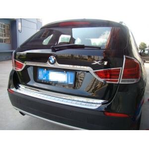 Молдинг на багажник (верхний) BMW X1 (2009-2012)