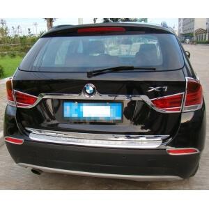 Молдинг на багажник (нижний) BMW X1 (2009-2012)