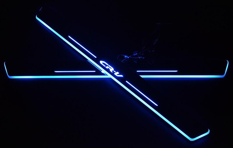 Накладки на пороги Premium для Honda CRV (синяя подсветка), фото 2