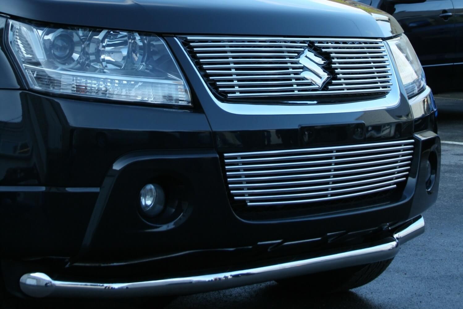 Декоративные элементы нижнего воздухозаборника Suzuki Grand Vitara 2008-2012