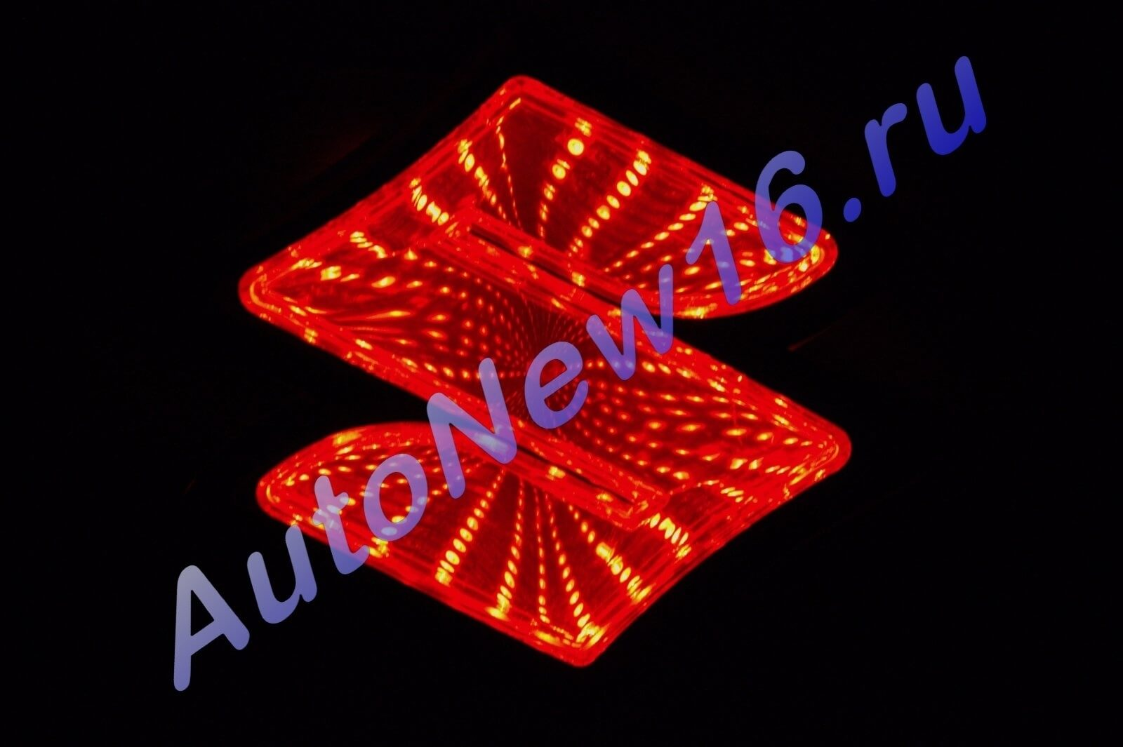 Шильдик с подсветкой Suzuki, фото 2