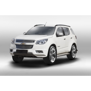 Декоративные элементы решетки радиатора Chevrolet Trailblazer 2