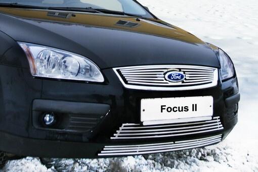 Декоративный элемент решетки радиатора Ford Focus 2