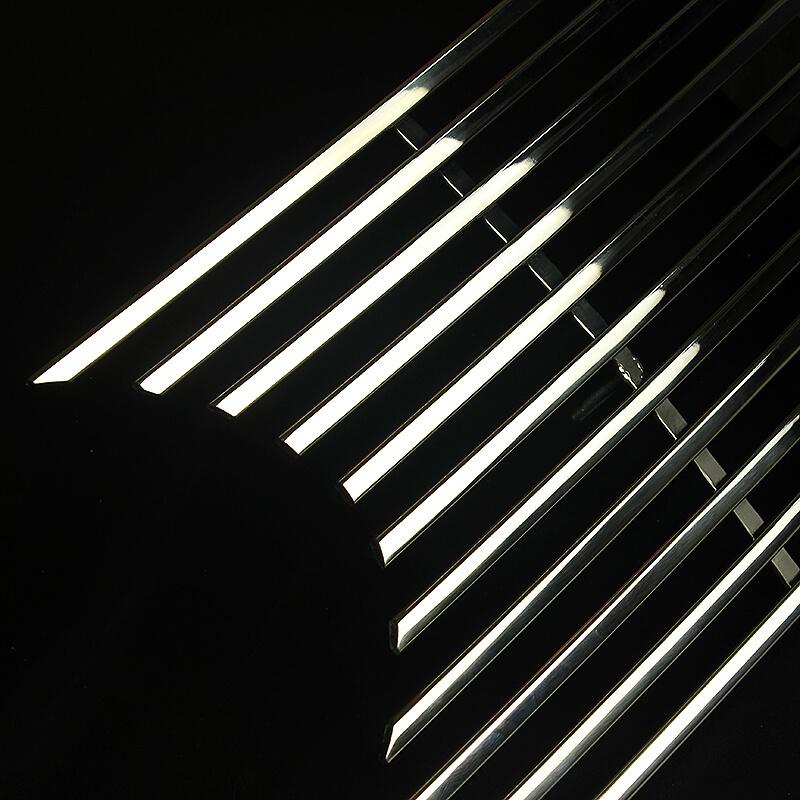 Хромированная решетка радиатора Toyota Camry XV50 (линейчатая), фото 3