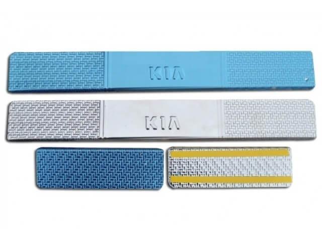 Накладки на пороги Kia Sportage Carbon, фото 3
