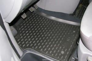 Коврики черные Nissan Navara, 2010, 4 шт. с ниш.зад. сид.