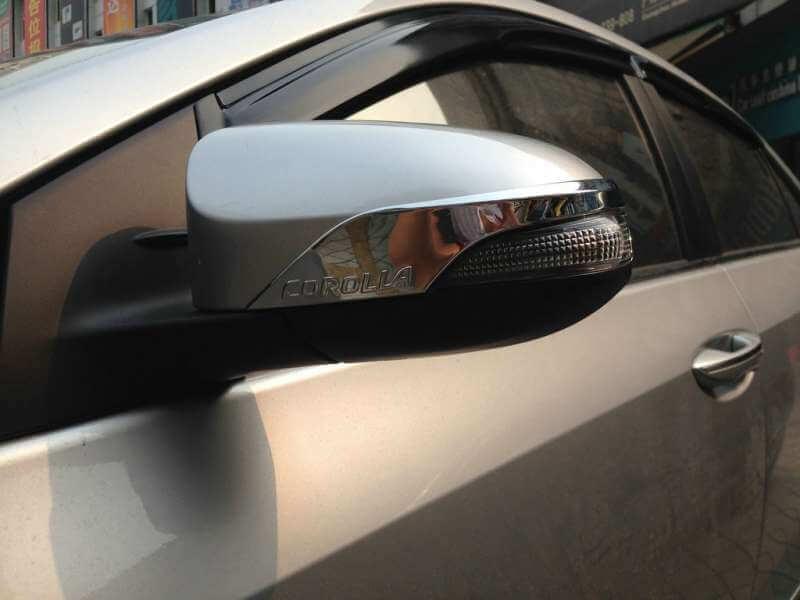 Накладки на зеркала заднего вида Toyota Corolla (2012-2016)