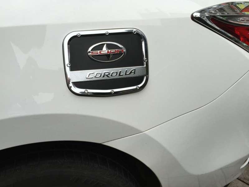 Накладка на крышку бензобака Toyota Сorolla (2012-2016), фото 2