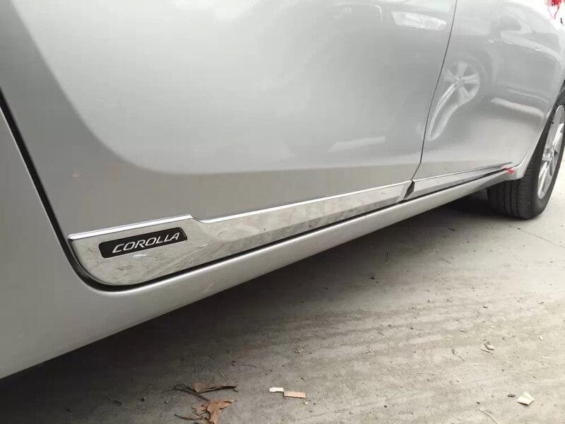Молдинги на двери Toyota Сorolla (2012-2016)
